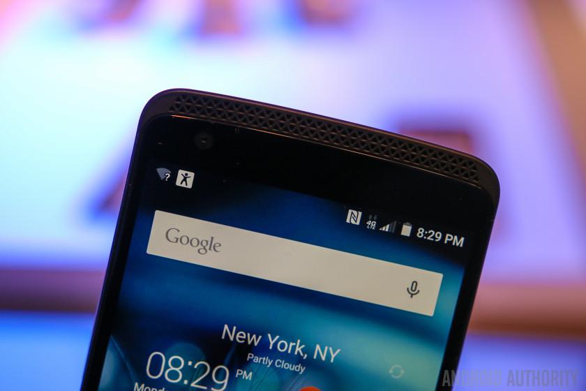 ZTE AXON Phone Hands On-5