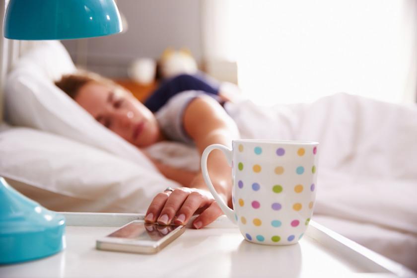girl-sleeping-phone