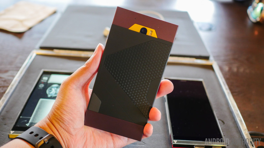 turing phone first look aa (2 of 23)