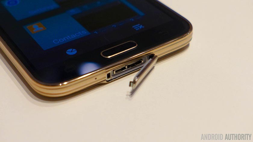 Samsung-Galaxy-S5-usb-flap-fingerprint-aa-3