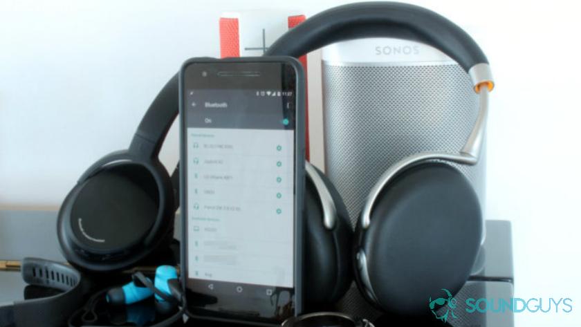 headphones-speakers-smartphone