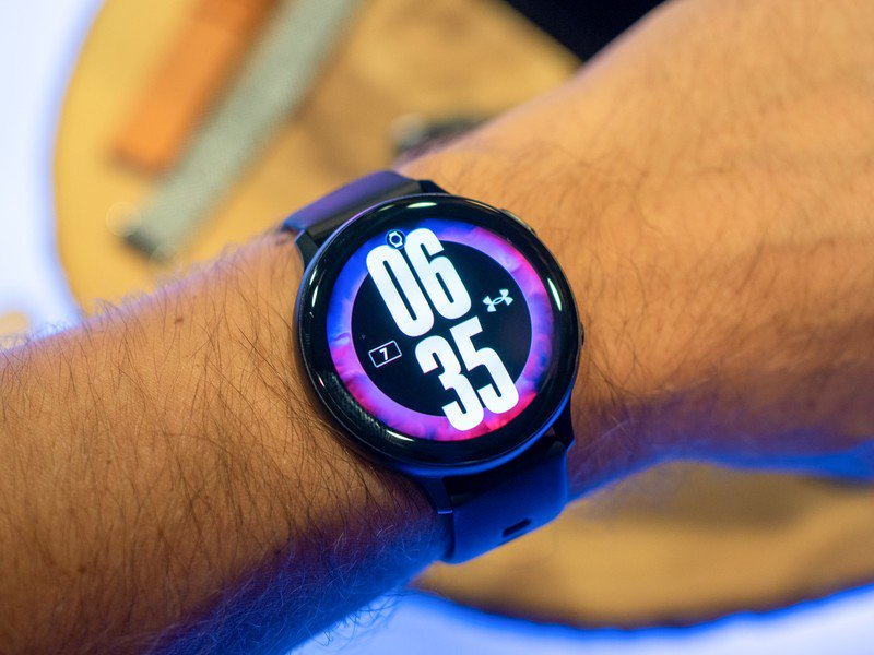 Galaxy Watch Active 2 vs  Fossil Sport: Which should you buy